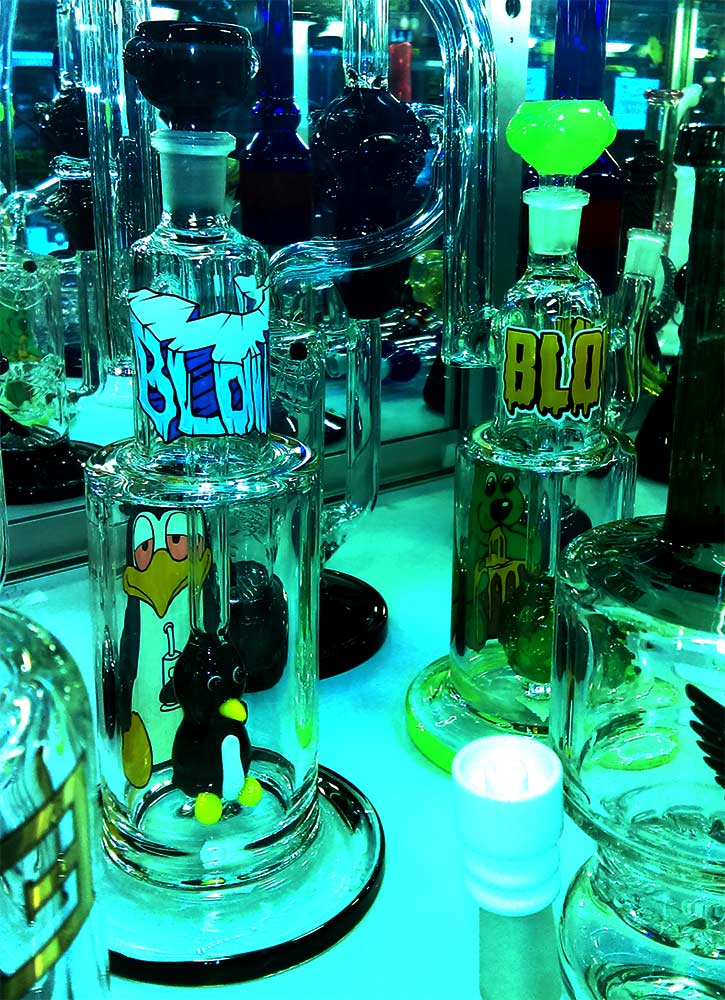 Blown Glass Goods Water Pipes