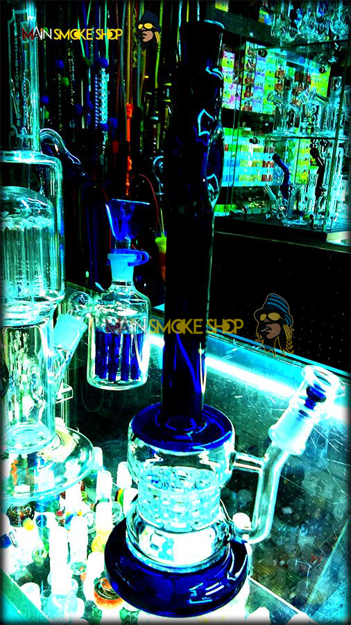 Glass Pipes Dab rig in Kansas City