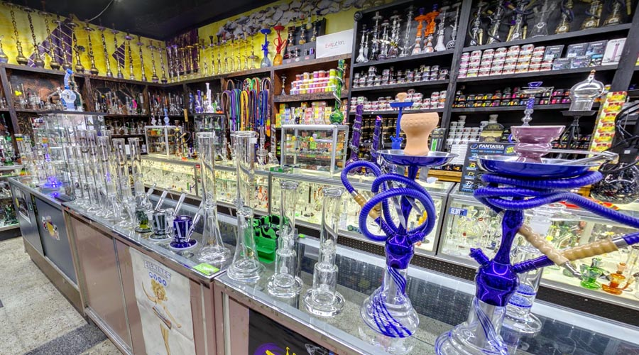glass pipes in kansas city